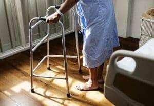 65歲或以上長者和長期病患人士